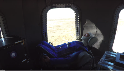 Blue Origin Tests Its New Vehicle, and This One Has Windows