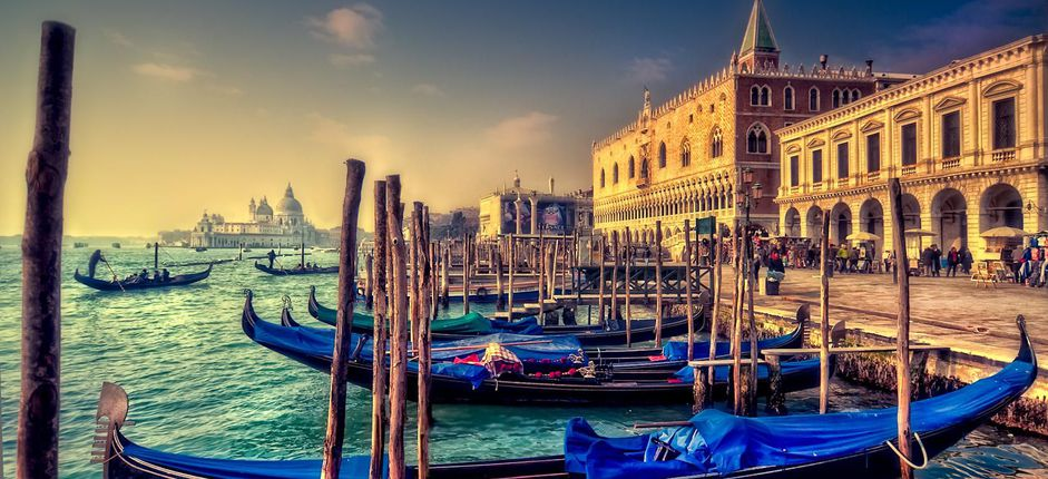 Insider's Venice <p>The water-laced city of Venice lies suspended between reality and fantasy. Experience the unique pleasures of this ethereal city on this special tour and become part of its daily rhythms during a time when fewer visitors are here.</p>  <p></p>