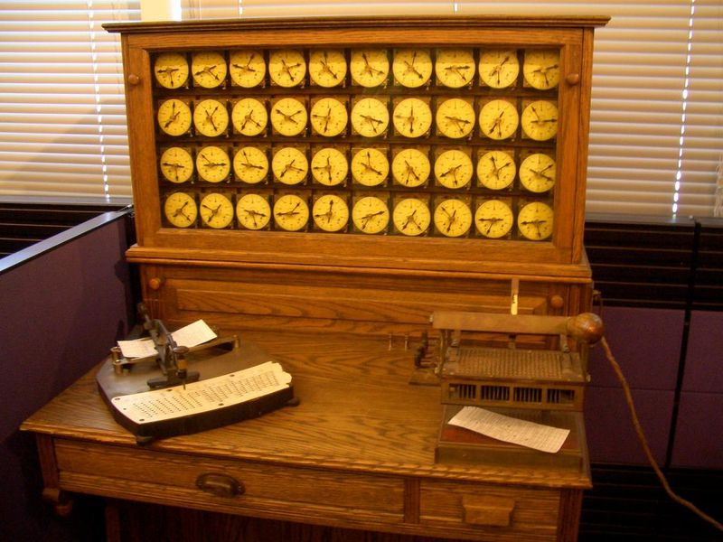 Hollerith_census_machine.CHM.jpg