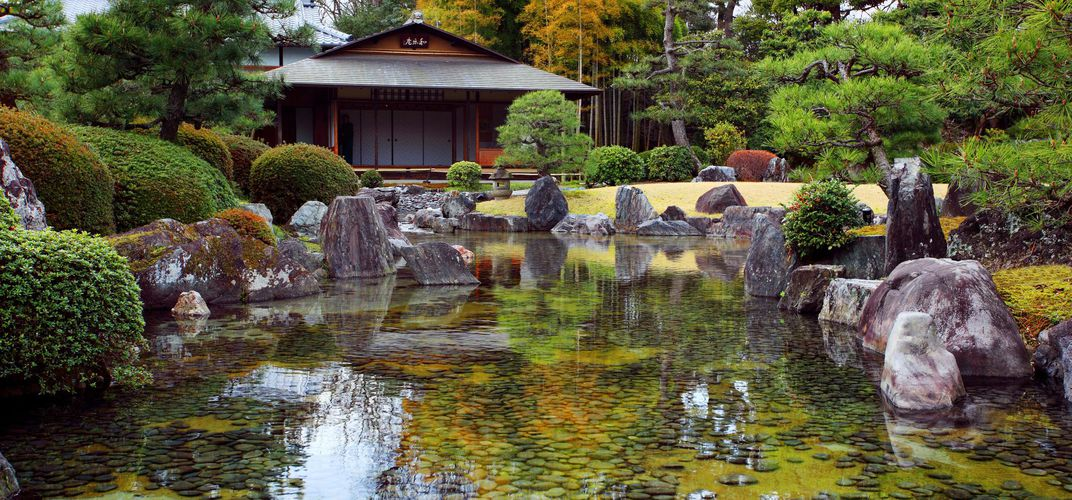 The gardens at Nijo Castle in Kyoto reflect a serene aesthetic.
