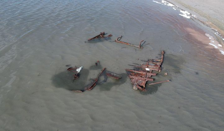 Storm Uncovers Wreck in Great Salt Lake