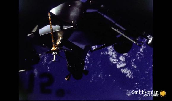 Preview thumbnail for video'A crucial step to landing on the moon