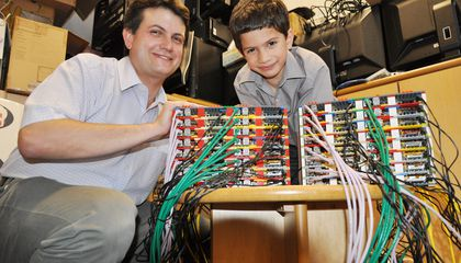 This 6-Year Old Helped Build a Supercomputer out of LEGO And $25 Computer Chips