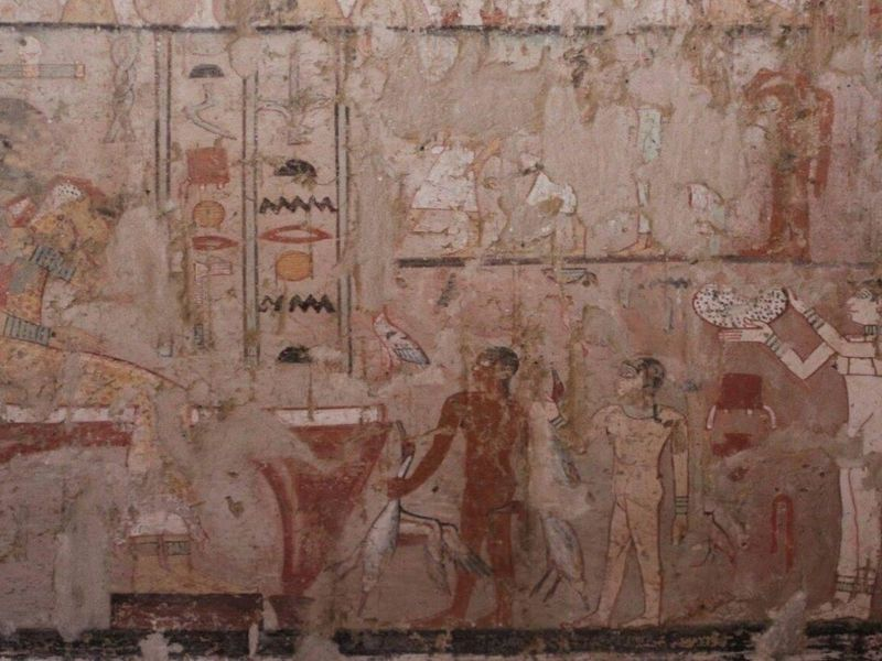 Tomb of 5th Dynasty Priestess Found in Egypt | Smart News ...