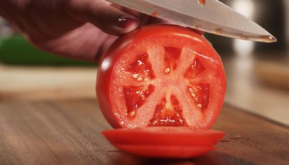 The Quest to Return Tomatoes to Their Full-Flavored Glory