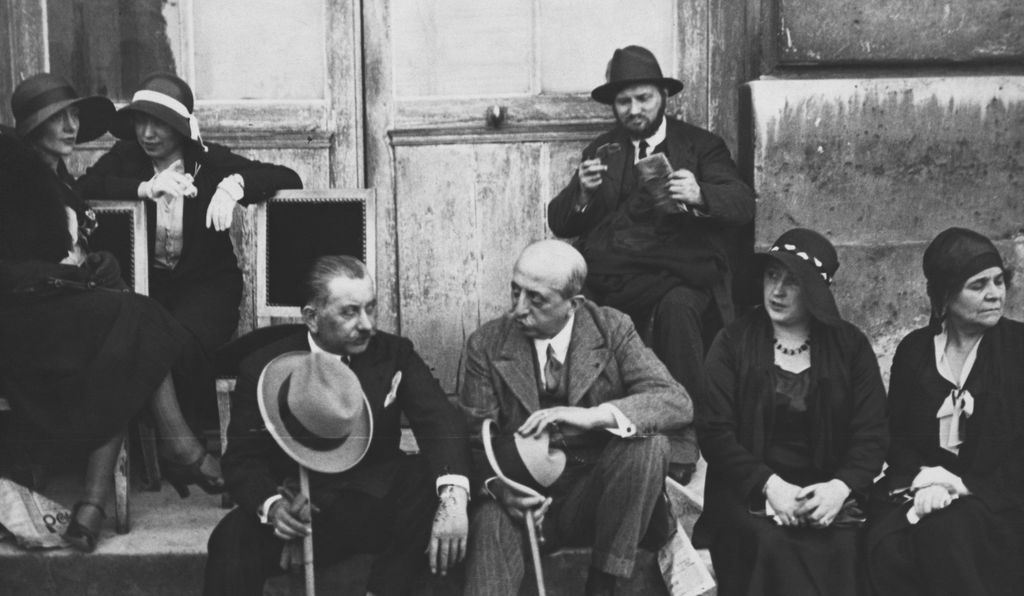 A group waits outside the Versailles Peace Conference, June 1919.