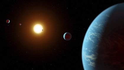 Citizen Scientists Discover an Unusual Five-Planet Solar System