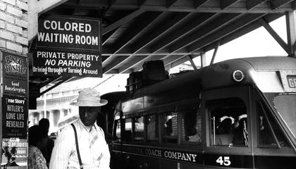 """The Complicated Racial Politics of Going """"Undercover"""" to Report on the Jim Crow South"""