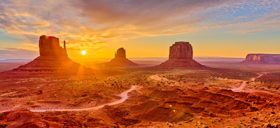 Cliffs and Canyons of the American Southwest: A Tailor-Made Journey Discover the highlights of the American Southwest from the gorges of Zion to the sandstone pinnacles of Sedona