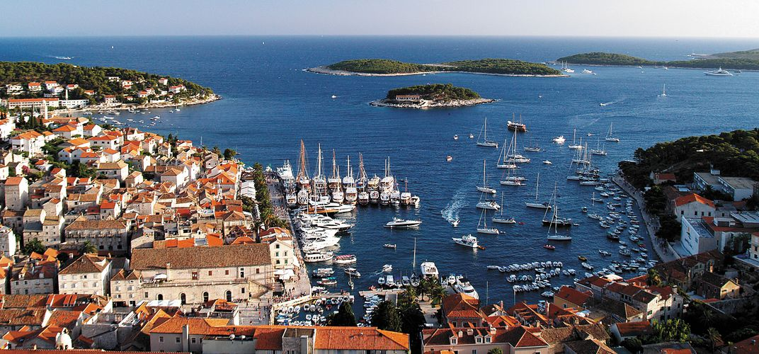 The captivating setting of Hvar