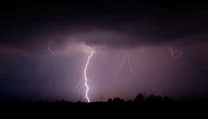 Lightning May Wash Pollution Out of the Air With a Chemical Dubbed 'Detergent of the Atmosphere'