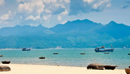 vietnam-coast-cruise
