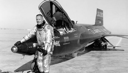 Neil Armstrong's X-15 flight over Pasadena