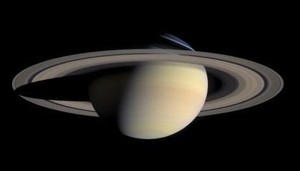 Saucy Saturn Shows Off at Air And Space Museum