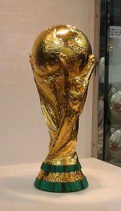 20110520102353344px-FIFA_World_Cup_Trophy_2002_0103_-_CROPPED--172x300.jpg
