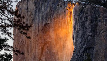 "Check Out Yosemite's ""Firefall"" Illusion Light Up El Capitan"