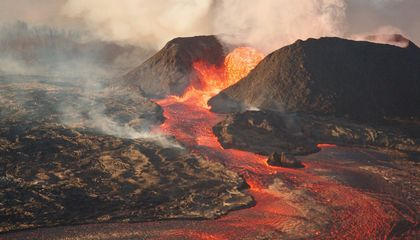 These Are the United States' 18 Most Dangerous Volcanoes