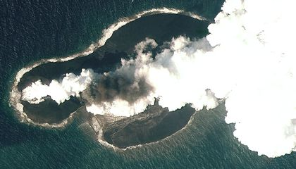 Watch a Volcanic Island Form in the Red Sea