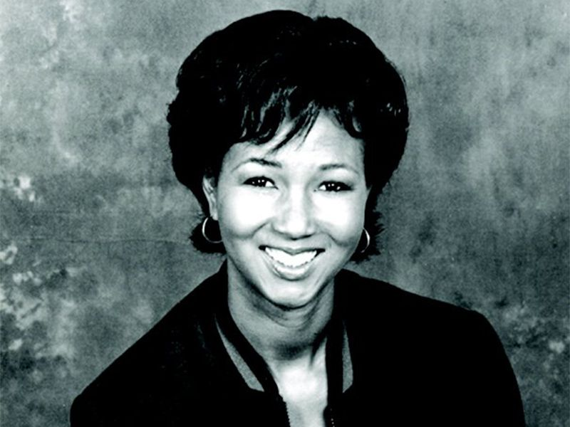 Mae-Jemison-800X600-Centered-FIH14-2.jpg