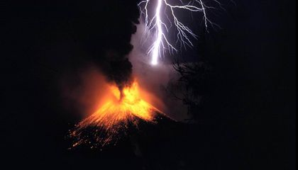 Volcanic Lightning Could Help Geologists Monitor Eruptions