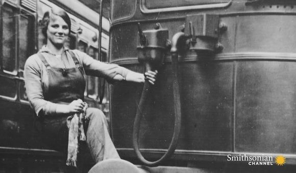 Preview thumbnail for video'How the Gains Women Made in WWI Were Quickly Lost
