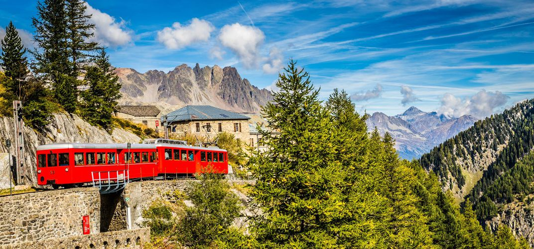 Red cog-wheel train, Montenvers Mer de Glace Station