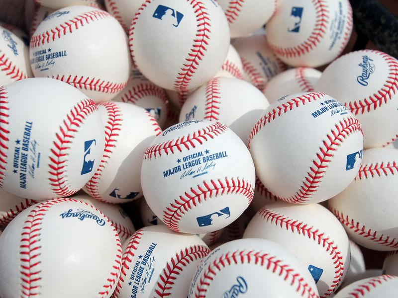 Major League Baseball Players Pitch In for a Major COVID-19 Study | Smart  News | Smithsonian Magazine