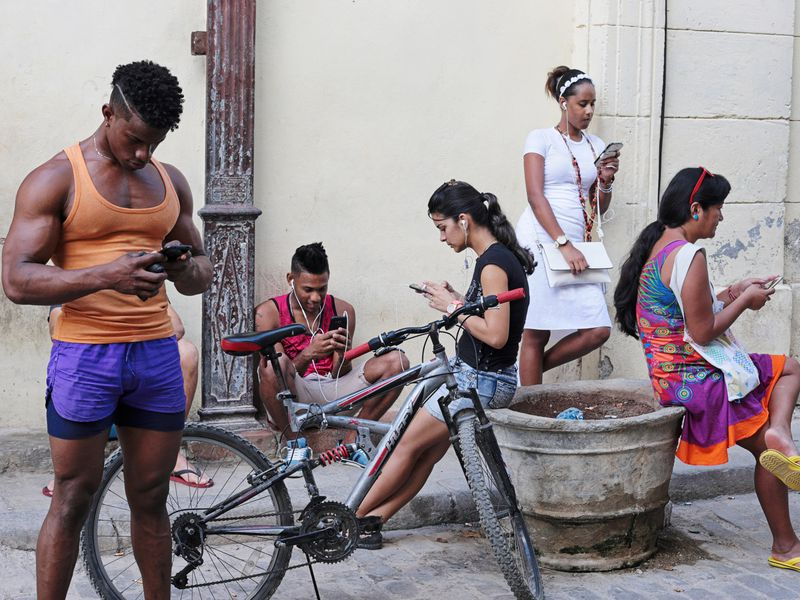 Currently In Cuba, all internet services are controlled by the state-owned telecoms company Etecsa, and internet access in private houses is practically inaccessible. Recently however, the situation has begun to change, with wifi hotspots popping up across Cubas major cities, Cubans finally are beginning to embrace the internet revolution with more than 10 years overdue.