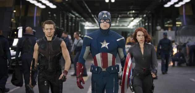 L to R: Hawkeye (Jeremy Renner), Captain America (Chris Evans) & Black Widow (Scarlett Johansson)