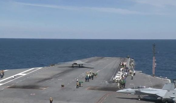 Preview thumbnail for video'X-47B First Carrier Launch