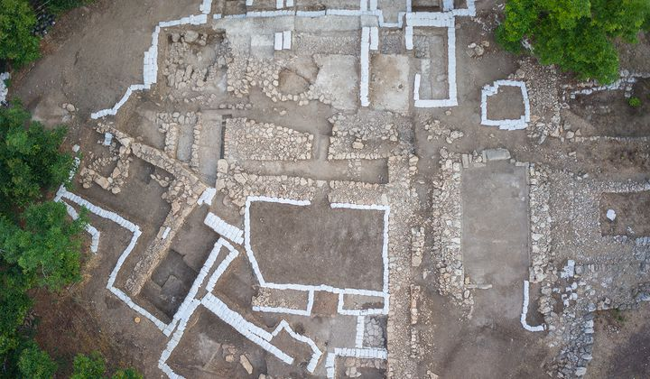Earthquake Destroyed This Palace 3,700 Years Ago
