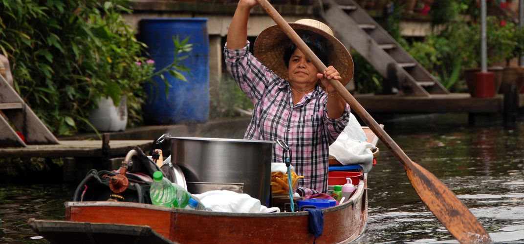 Rural floating markets are a great way of observing river life
