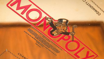 gold  monopoly  board  first  image