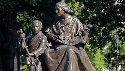 North Carolina Votes to Keep Three Confederate Monuments at the State Capitol