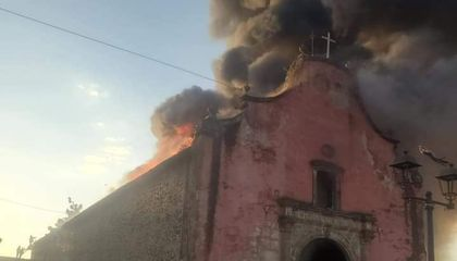 Fire at 16th-Century Mexican Church Prompts Debate Over How to Protect Cultural Heritage