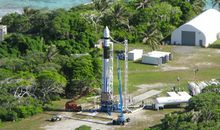 The Falcon 1 rocket fails to reach orbit on its third attempt.