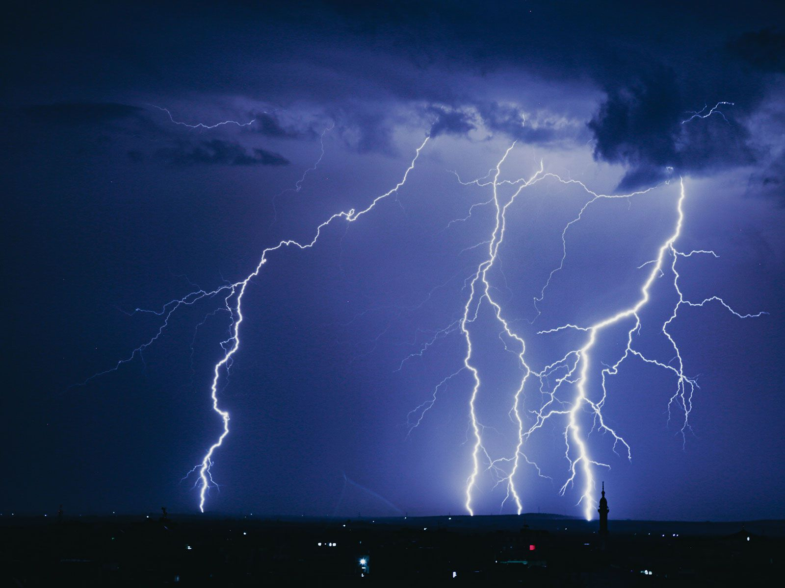 Could Weirdly Straight Bolts of Lightning Be a Sign of Dark Matter?