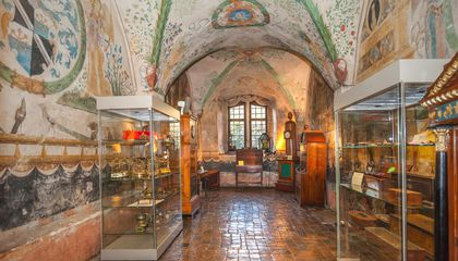This Medieval Knight's Manor Houses Over 350 Mechanical Musical Instruments