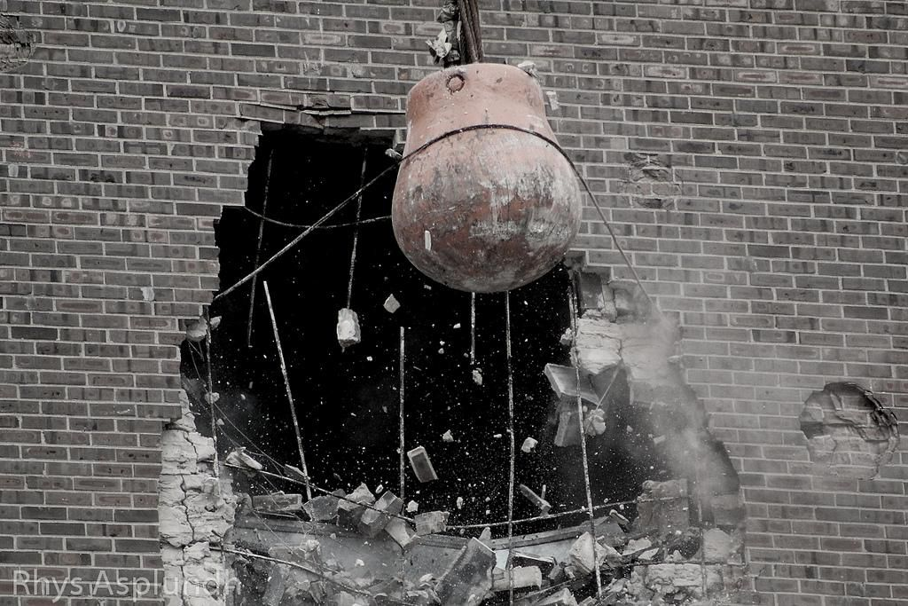 Wrecking Ball Building : The rise and fall of wrecking ball smart news