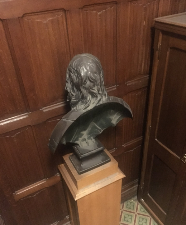 Why British Lawmakers Are Fighting Over a Bust of Oliver Cromwell