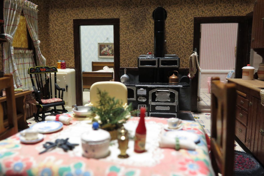 Swell Home Is Where The Corpse Isat Least In These Dollhouse Home Interior And Landscaping Synyenasavecom