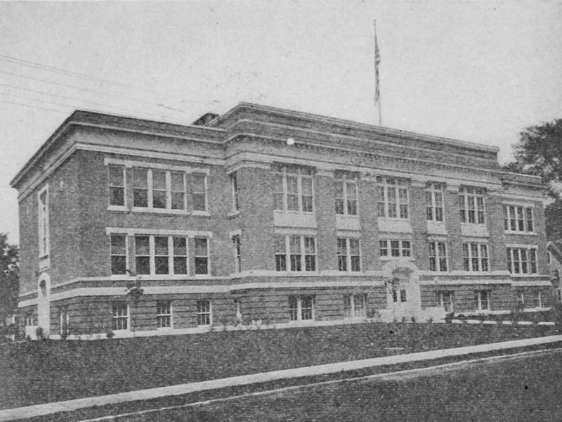 Montpelier High School, 1915
