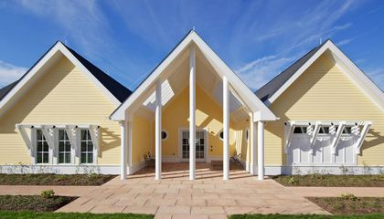 """Designing for Seniors and Soldiers, Toward a """"Silver"""" Architecture"""
