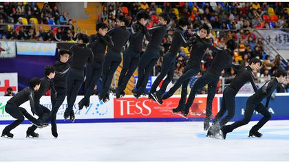 How Physics Keeps Figure Skaters Gracefully Aloft