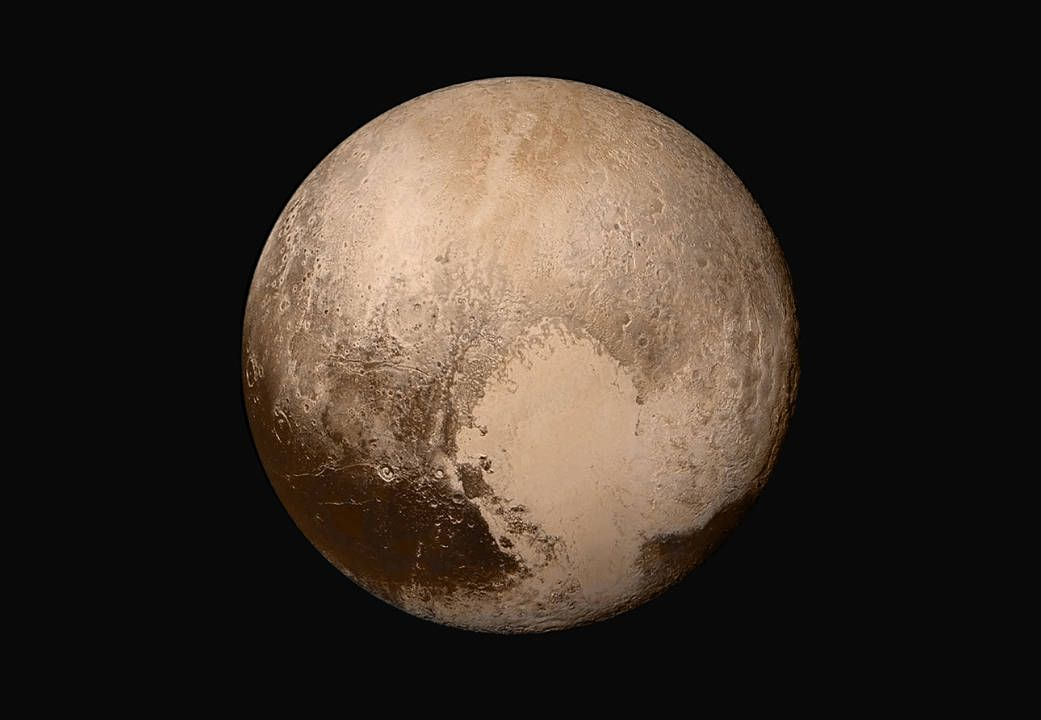 Space probe transmits stunning new views of Pluto