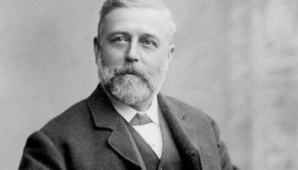 Three True Things About Sanitary Engineer Thomas Crapper