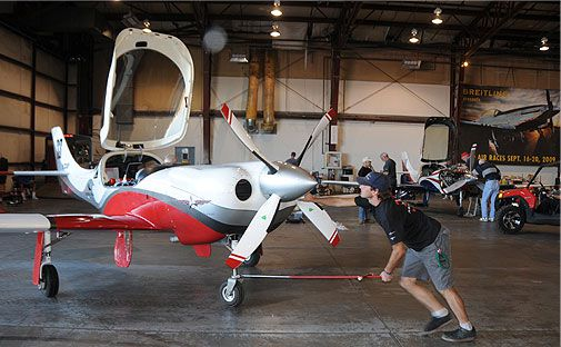One of the stars of the Sport Class, Andy Chiavetta, repositions the Lancair Legacy Racer 33.
