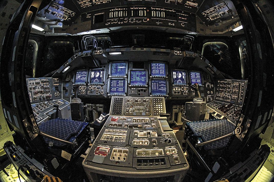cockpit of the space shuttle - photo #36