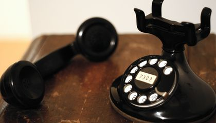 Telephones Were Silenced for One Minute After Alexander Graham Bell Died