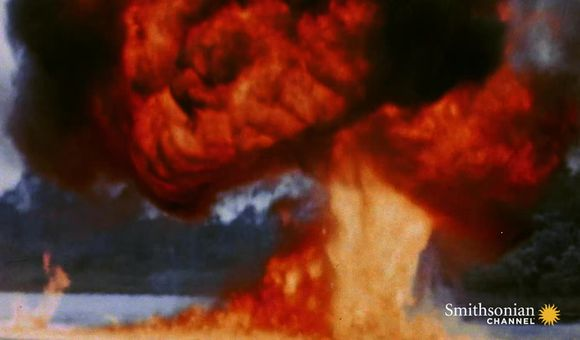 Preview thumbnail for video'How Napalm Bombs Intensified U.S. Attacks During WWII